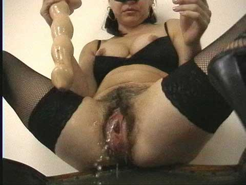 hairy pussy pissing